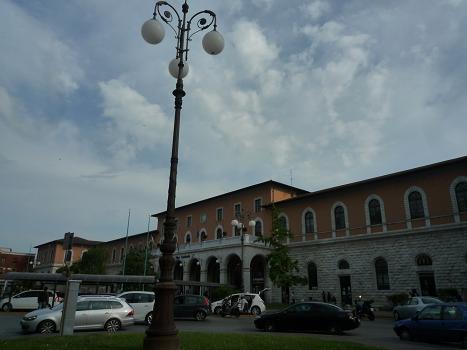 「2011-イタリア」⑤pisa駅