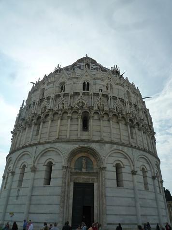 「2011-イタリア」⑤ピザの洗礼堂