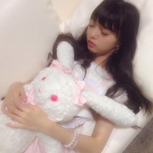 フレッシュレモン市川美織(20) 寝顔が可愛すぎると話題に 「まるで天使」 「みおりんカワイイ!」 ファン大興奮