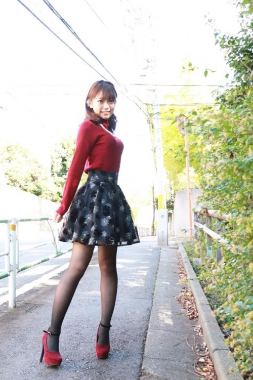 【画像あり】ミス東大候補の吉田菜季さん(21)が凶暴なおっぱいしてる
