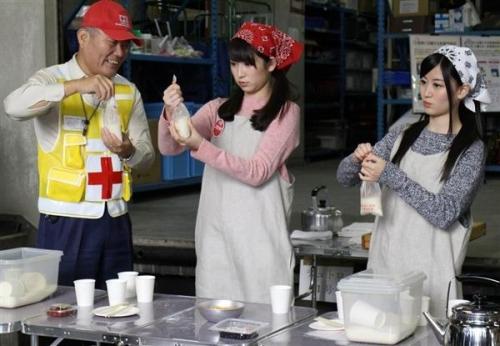 NMB48の吉田さんら炊き出し体験 若者にボランティア参加呼びかけ