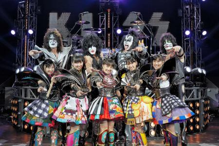 ももクロと米ハードロックバンド「KISS」がコラボ! 来年1月にシングルを発売