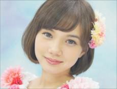 橋本環奈に最強のライバルが出現 第2の「1000年に一度のアイドル」マーシュ彩とは