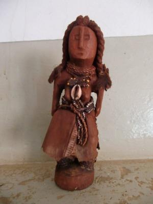 ヒンバ人形