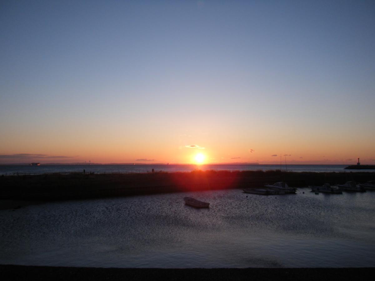 地元の漁港で初日の出☆