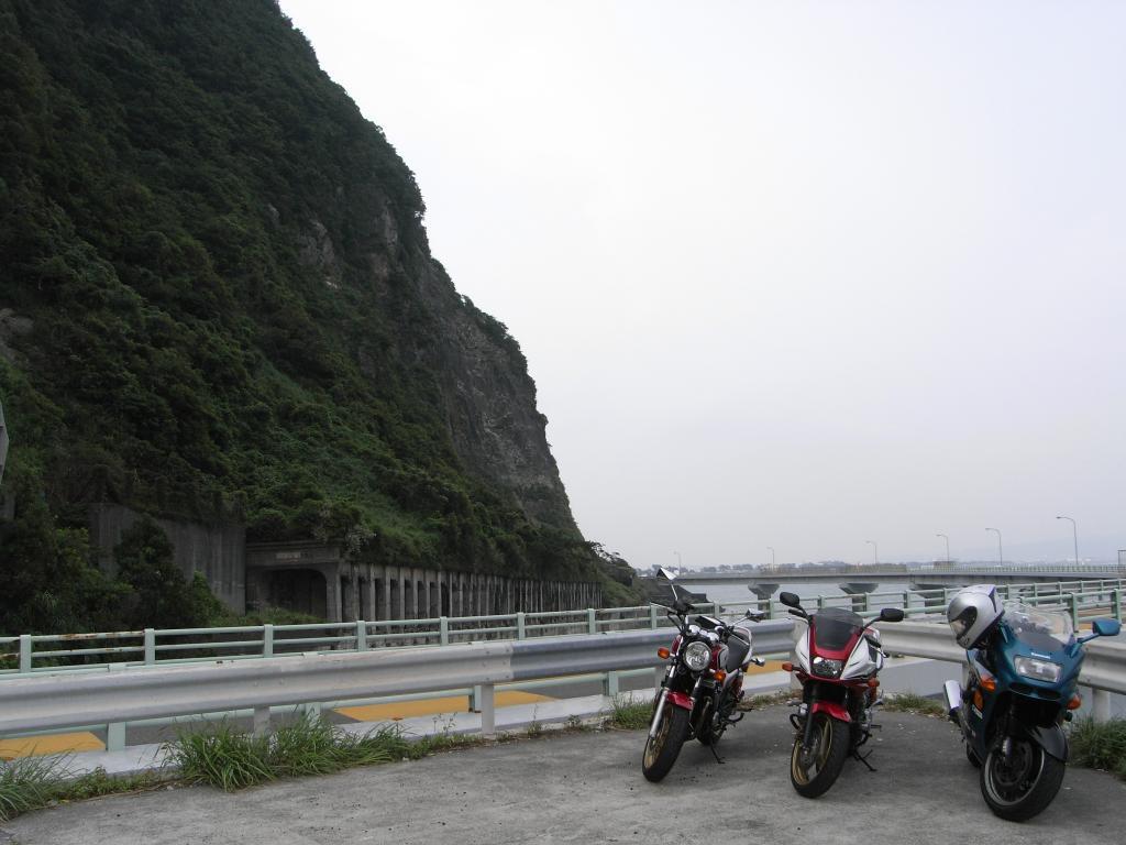 駿河湾越しの富士山と伊豆半島が見える絶景ポイントのはずなんですが・・・