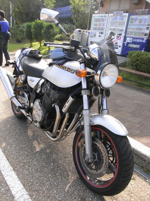 SUZUKIが開発した世紀末の遺産とも呼ぶマシンです