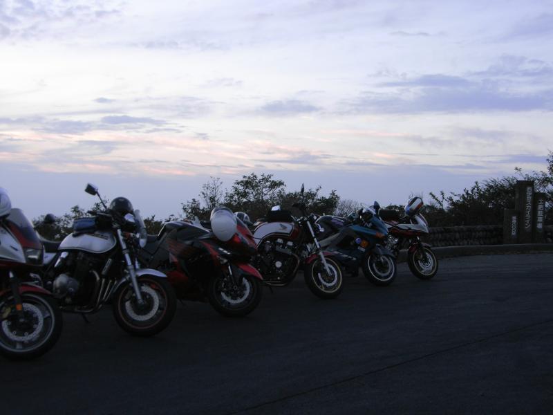 ここからは海に沈む夕陽、土肥港と富士山が一挙に見れます☆