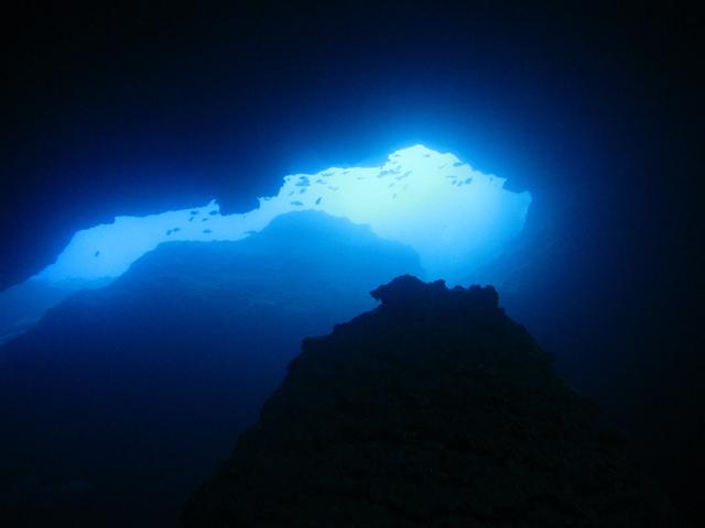 grotto5.jpg