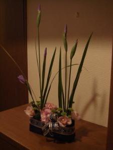 菖蒲アレンジ 3