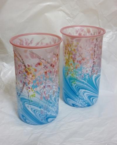 水のほとりーグラス