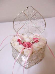 花冠はなかんむり 名古屋 プリザーブドフラワー教室-リングピロー