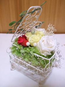 花冠はなかんむり 名古屋 プリザーブドフラワー教室-ワイヤーピアノアレンジ