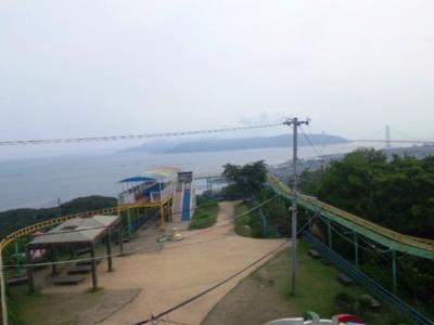 須磨浦山上遊園サイクルモノレールと淡路島