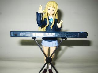 琴吹紬(笑顔)