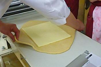 バターをつつむ