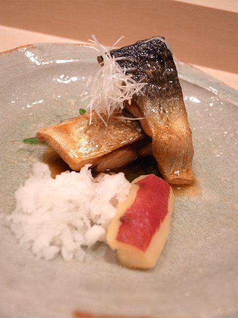 131101鮨紺乃-鯖のコチジャン和え
