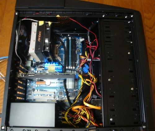 GTS450と大きなケース