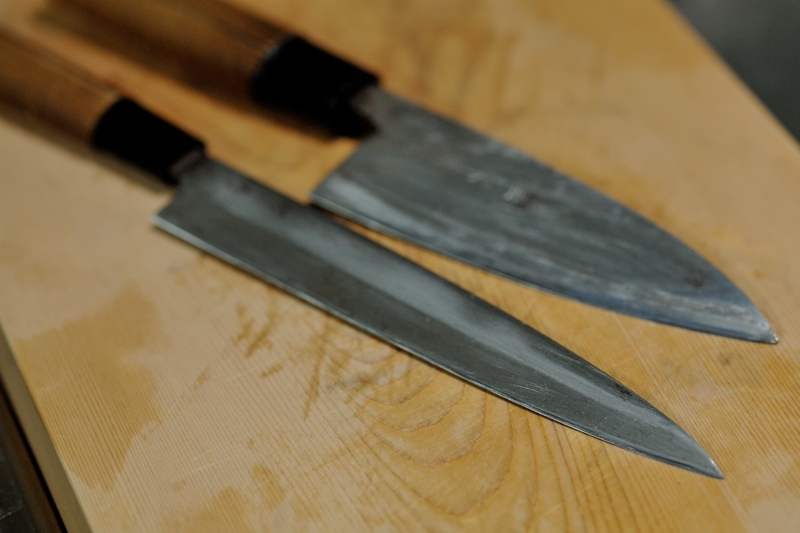 出刃包丁と刺身包丁