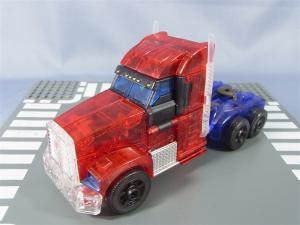 東京おもちゃショー2012 限定 シャイニングオプティマスプライム ビークルモード003