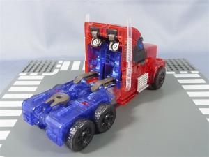 東京おもちゃショー2012 限定 シャイニングオプティマスプライム ビークルモード004