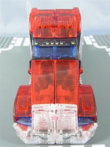 東京おもちゃショー2012 限定 シャイニングオプティマスプライム ビークルモード006