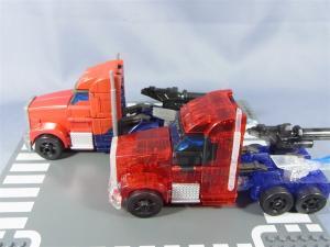 東京おもちゃショー2012 限定 シャイニングオプティマスプライム ビークルモード015