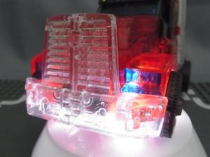 東京おもちゃショー2012 限定 シャイニングオプティマスプライム ビークルモード017