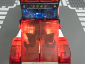 東京おもちゃショー2012 限定 シャイニングオプティマスプライム ビークルモード019