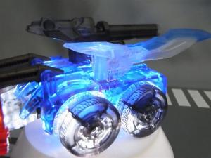 東京おもちゃショー2012 限定 シャイニングオプティマスプライム ビークルモード021
