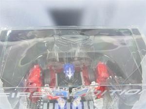 東京おもちゃショー2012 限定 シャイニングオプティマスプライム ロボットモード001