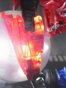 東京おもちゃショー2012 限定 シャイニングオプティマスプライム ロボットモード005