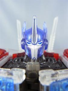 東京おもちゃショー2012 限定 シャイニングオプティマスプライム ロボットモード015