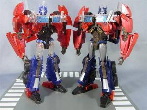 東京おもちゃショー2012 限定 シャイニングオプティマスプライム ロボットモード017