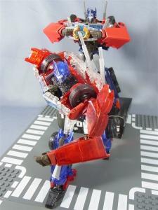 東京おもちゃショー2012 限定 シャイニングオプティマスプライム ロボットモード018