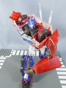 東京おもちゃショー2012 限定 シャイニングオプティマスプライム ロボットモード019