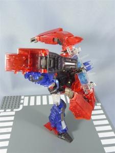 東京おもちゃショー2012 限定 シャイニングオプティマスプライム ロボットモード021