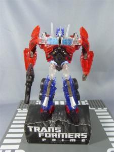 東京おもちゃショー2012 限定 シャイニングオプティマスプライム ロボットモード026