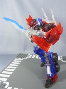 東京おもちゃショー2012 限定 シャイニングオプティマスプライム ロボットモード027