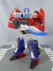 東京おもちゃショー2012 限定 シャイニングオプティマスプライム ロボットモード030