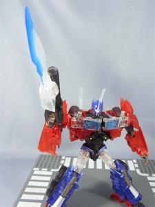 東京おもちゃショー2012 限定 シャイニングオプティマスプライム ロボットモード031