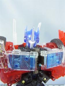東京おもちゃショー2012 限定 シャイニングオプティマスプライム ロボットモード032