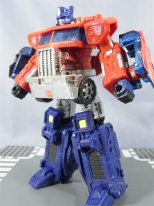 東京おもちゃショー2012 限定 ブラックオプティマスプライム ロボットモード009