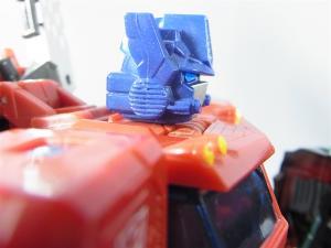 東京おもちゃショー2012 限定 ブラックオプティマスプライム ロボットモード012