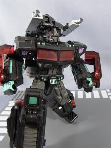 東京おもちゃショー2012 限定 ブラックオプティマスプライム ロボットモード014
