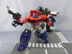 東京おもちゃショー2012 限定 ブラックオプティマスプライム ロボットモード015
