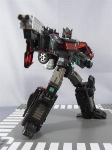 東京おもちゃショー2012 限定 ブラックオプティマスプライム ロボットモード018