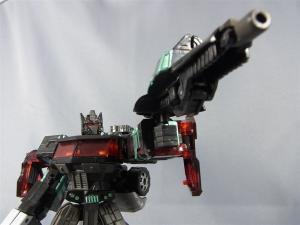 東京おもちゃショー2012 限定 ブラックオプティマスプライム ロボットモード022