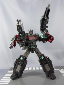 東京おもちゃショー2012 限定 ブラックオプティマスプライム ロボットモード023
