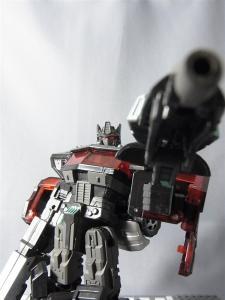 東京おもちゃショー2012 限定 ブラックオプティマスプライム ロボットモード031